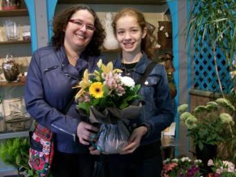 Fatima, gagnante du jeu Youpi Fleurs, tirage du mercredi 12 octobre