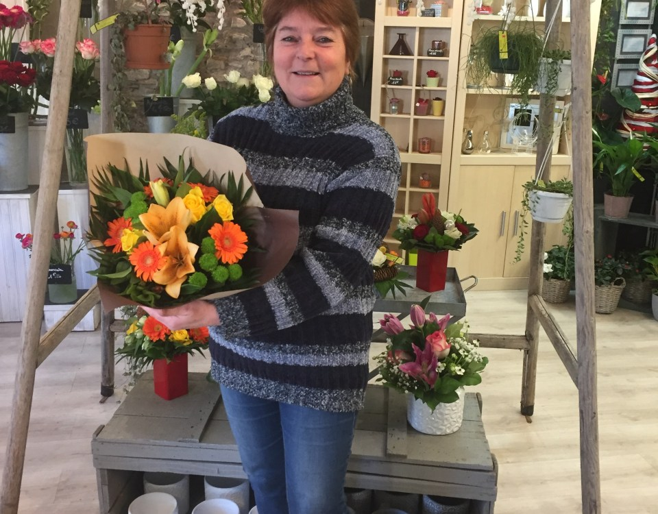 Ghislaine, gagnante du jeu Youpi Fleurs, tirage du mercredi 30 novembre 2016