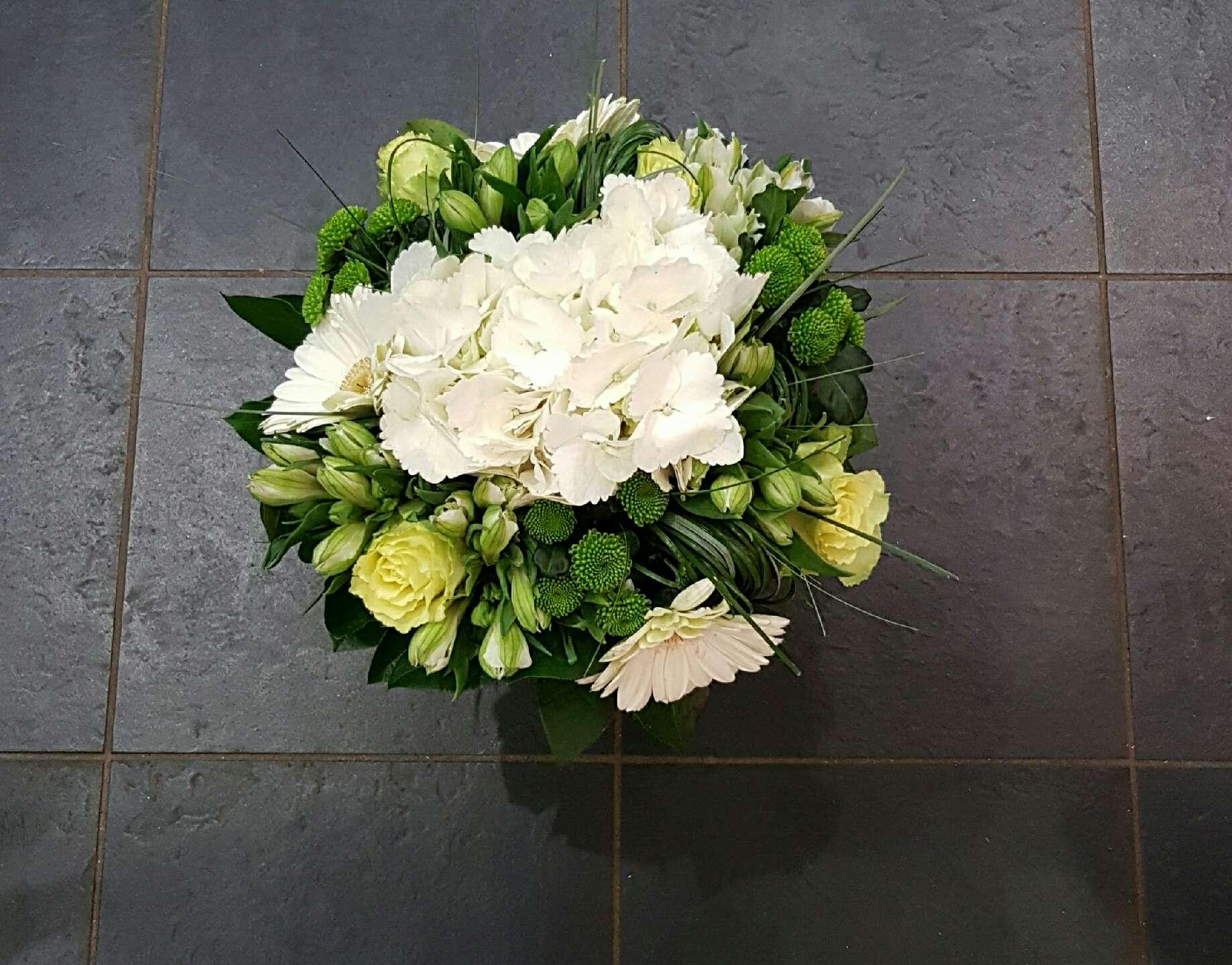 Bouquet de fleur en direct meilleur prix qualit fleuriste for Prix bouquet de rose fleuriste