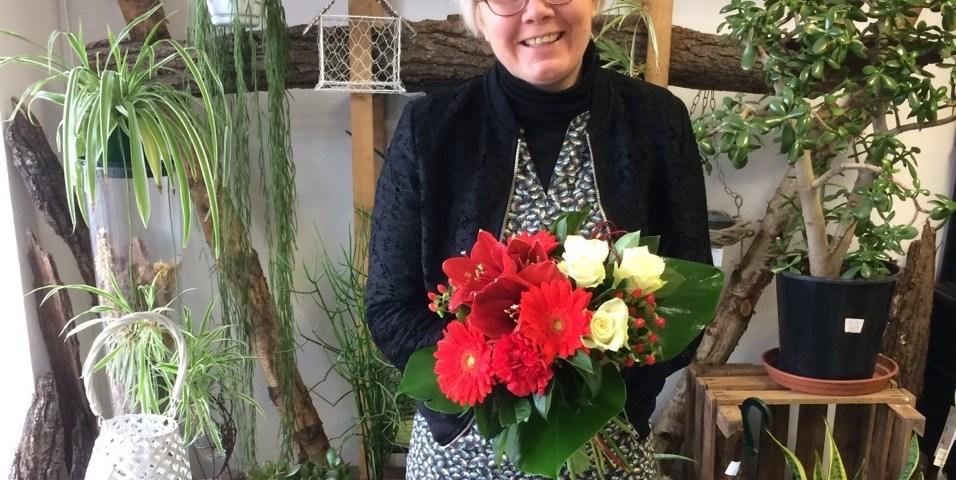 """Votre artisan fleuriste à Illiers Combray (28120), Laëtitia pour """"L'Atelier Floral"""""""