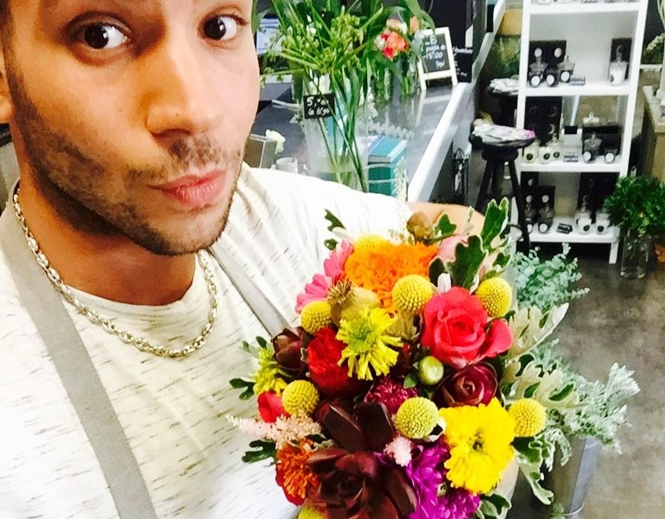 """Votre artisan fleuriste à Saint Gély du Fesc (34980), Raphael pour """"JRAPHAEL GALTIE FLEURISTE"""""""