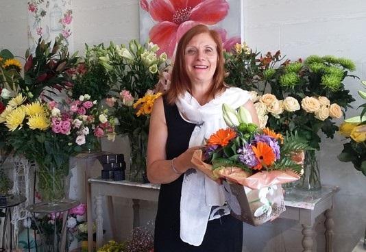 """Votre artisan fleuriste à Plouzané (29280), Florence pour """"Sandra Flor"""""""