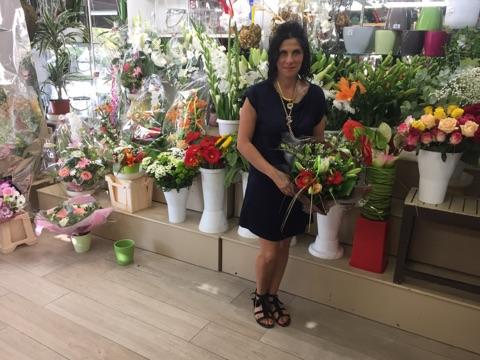 "Votre artisan fleuriste à Bastia (20600), Nathalie pour ""Nathy Fleurs"""