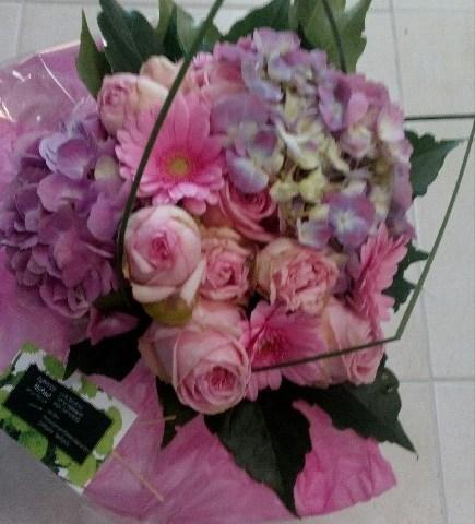 Envoyer des fleurs à Saint Herblain en direct avec votre fleuriste FLEURS NATURE ELLE
