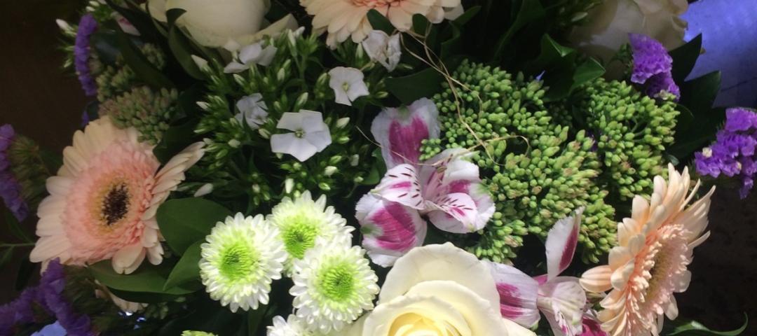Envoyez des fleurs au Chesnay avec votre artisan fleuriste Jacques Blanchon