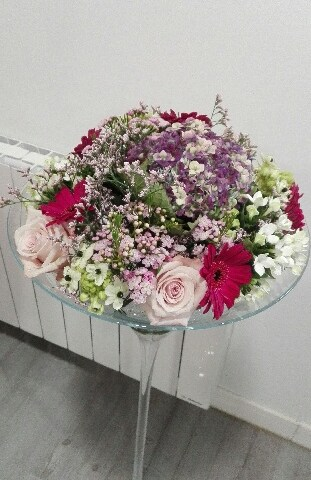 Envoyer des fleurs à Gondecourt avec votre fleuriste Le Trefle A Quatre Fleurs