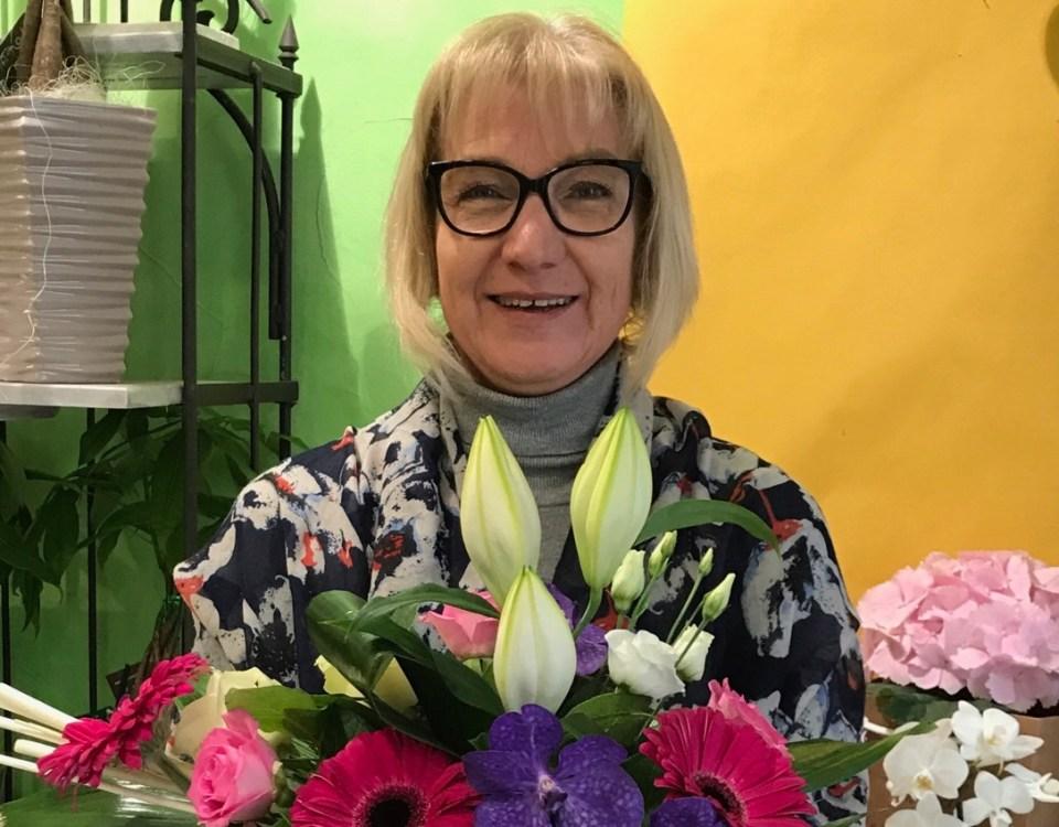 """Votre artisan fleuriste à Josselin (56120), Isabelle pour """"A Fleur de Lys"""""""