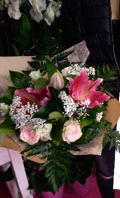 Anissa Gagnante du jeu Youpi Fleurs