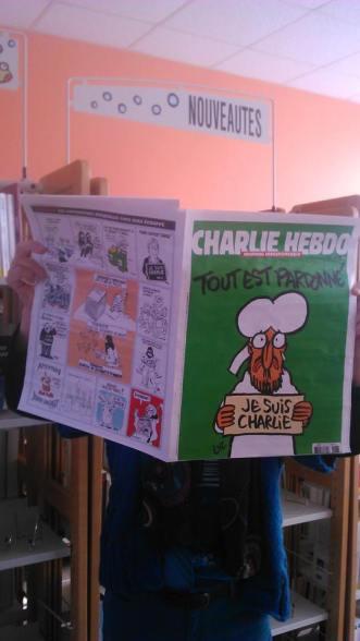 Le dernier numéro paru de Charlie Hebdo est disponible à la bibliothèque