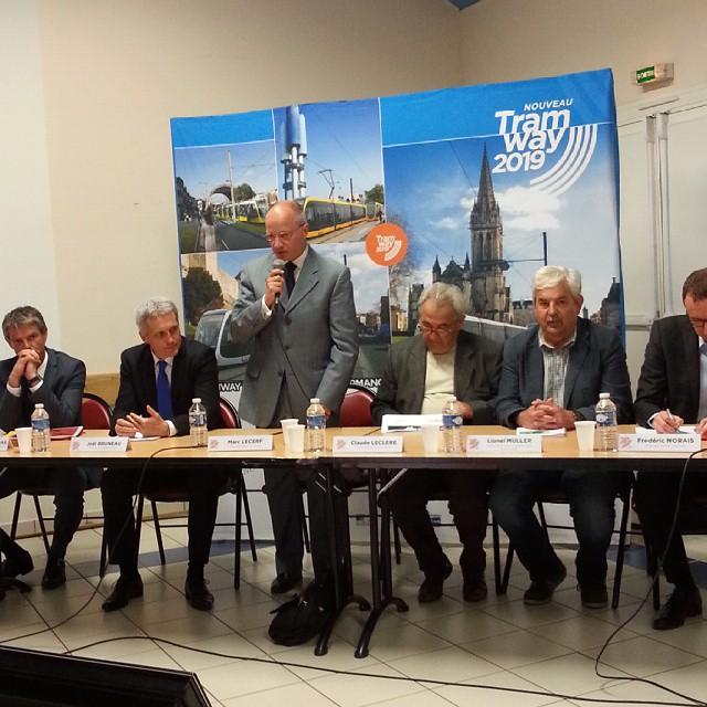 Réunion publique de concertation sur le projet Tramway 2019 à Fleury-sur-Orne