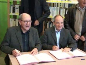 Signature de la convention d'adhésion de la Bibliothèque Municipale Pauline Roland au réseau de lecture publique de Caen la mer