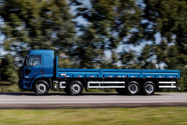 Fortalecimento da linha Cargo, com o lançamento do semipesado 3031 8×2, é um dos mais recentes produtos da Ford, apresentado em 2018