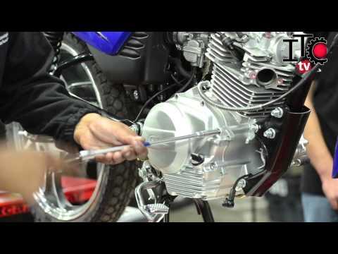 Mantenimiento correctivo de un embrague multidisco en una moto