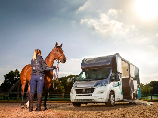 flexi-funding-Bloomfields_horsebox.jpg