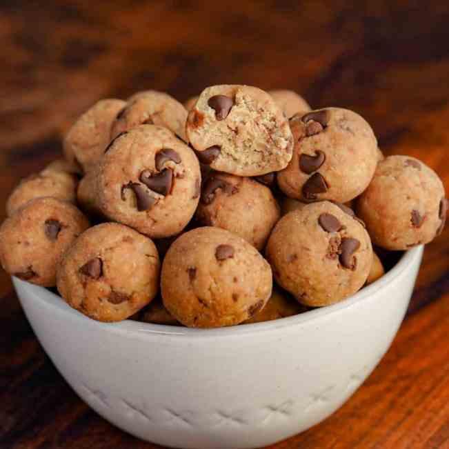 Protein Oreo Cookie Dough Bites