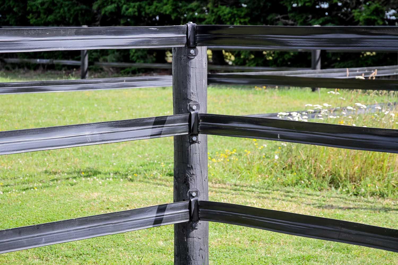 flexi-horse-fencing-02