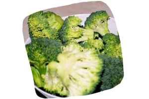 Recette des foies de volaille aux brocolis et champignons: fleurettes de brocoli