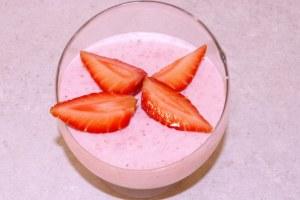 Recette de dessert léger : les mousses aux fraises
