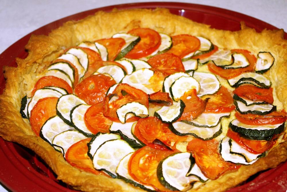 Recette de la tarte fine aux tomates et courgettes