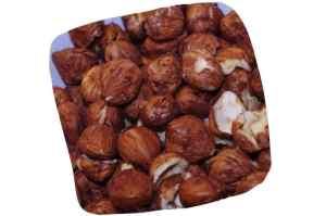 Recette de chou farci végétarien : noisettes décortiquées