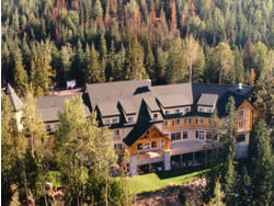 Hillcrest Coast Resort Hotel