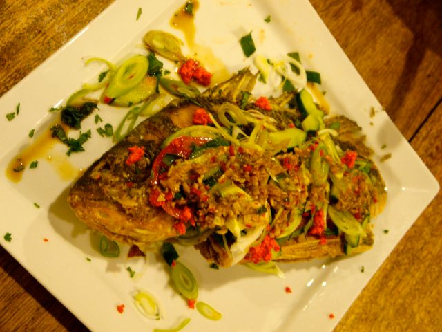 """Dads first deep fried bream- he done good. He managed to pull it off perfectly with instructions that were mainly Me: """"add some fish sauce, can you measure how much so I know how much for the blog post"""", Dad: """"but how much"""" Me: """"A good glug, then a bit of lime juice, you know, you'll work it out"""""""