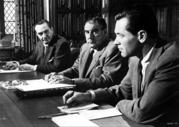 la_tour_des_ambitieux_executive_suite_1954_portrait_w858