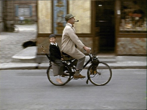 still-of-jacques-tati-in-mon-oncle-(1958)-large-picture