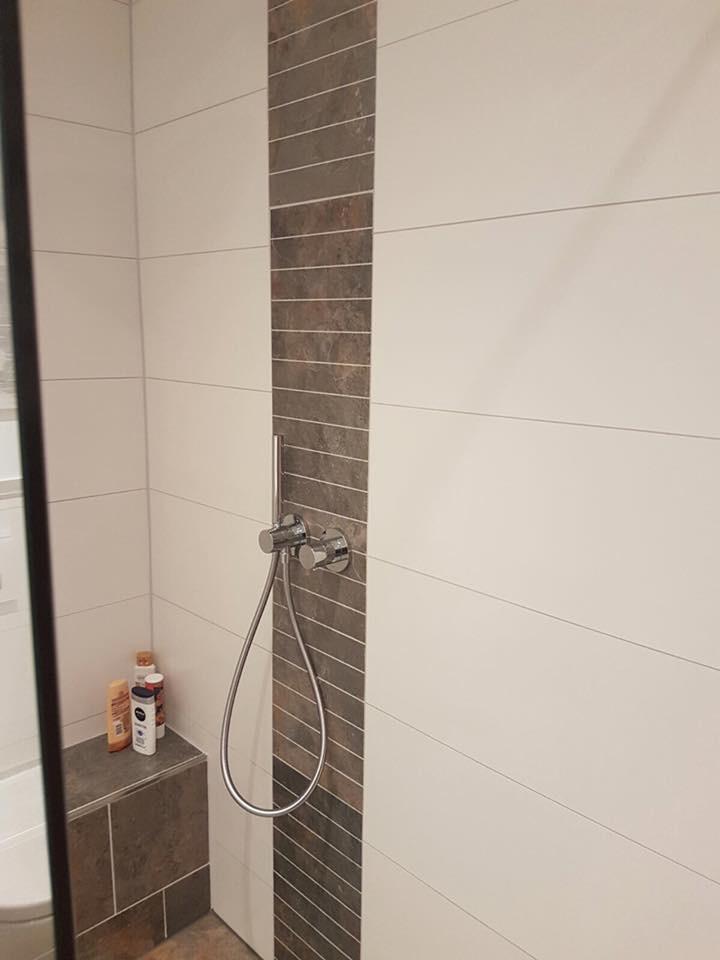 Dusche nach einer Badsanierung in Solingen durch Fliesenleger Wilke