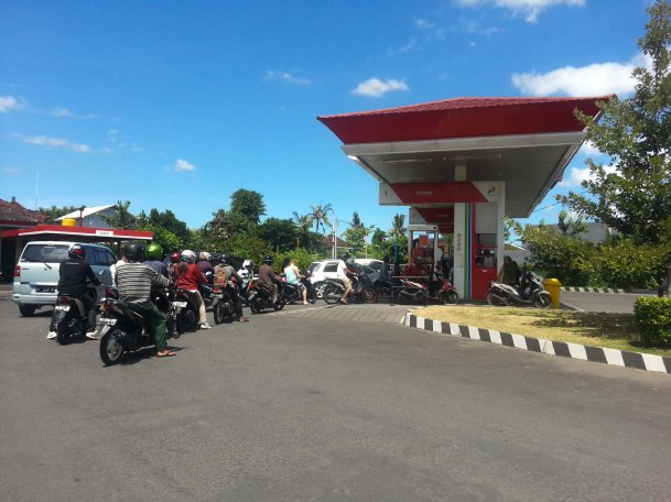 Line for Petrol in Legian