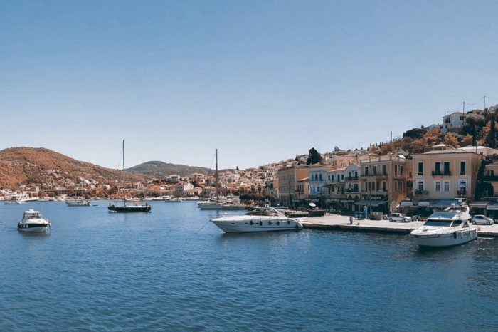 Day trip from Athens: the islands of Poros, Hydra, and Aegina