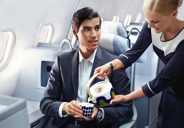 Finnair business man green tea 01 Low
