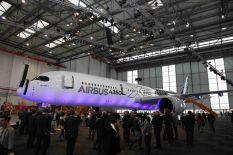 Airbus A350 in Hangar/FCMedia