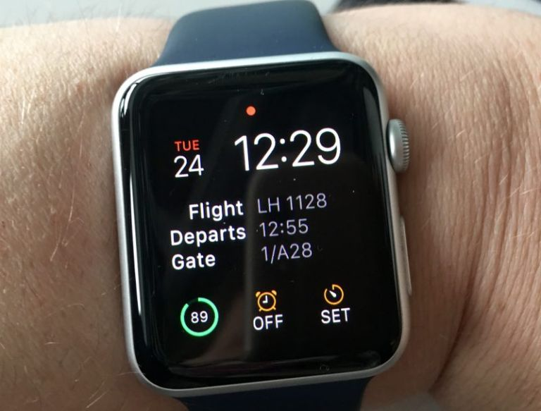 Apple Watch with Tripcase complications. © FCMedia 2016