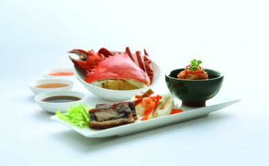 sia-first-class-and-suites-cold-crab-pig-trotter-jelly-and-hei-chor