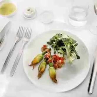 Qantas new tableware line. Source: Qantas