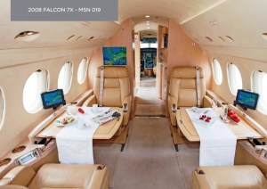 Falcon 7X N221HJ Operated By Key Air