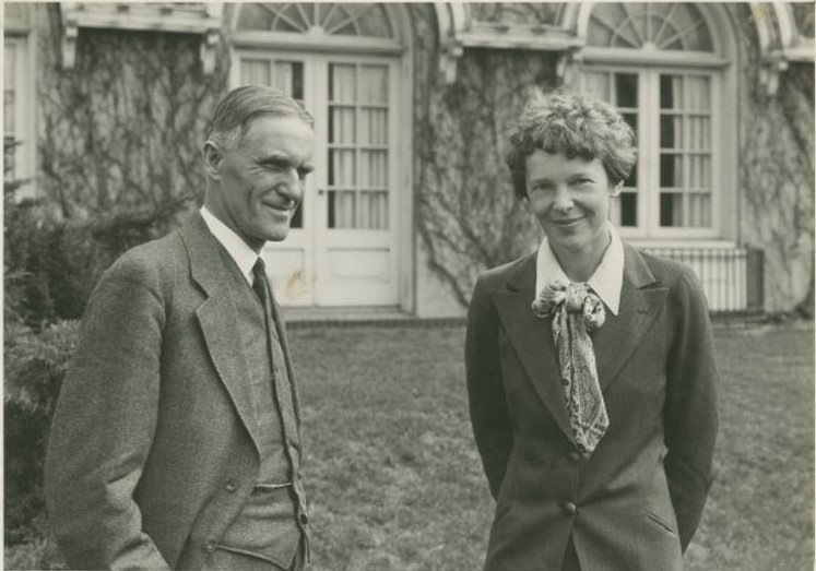 Elliot and Earhart