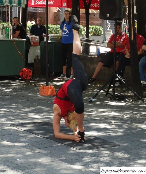 An acrobatic girl at the Buskerfest Toronto