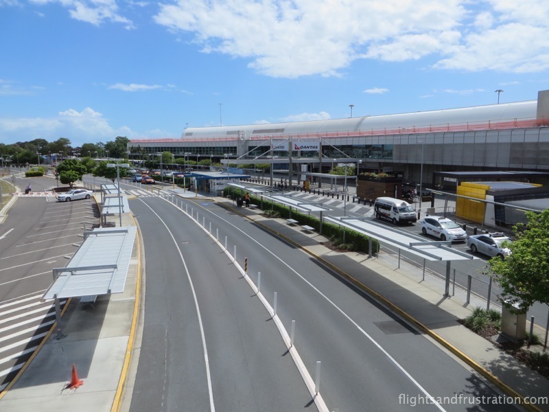 Kerbside drop off for taxis at brisbane airport domestic terminal