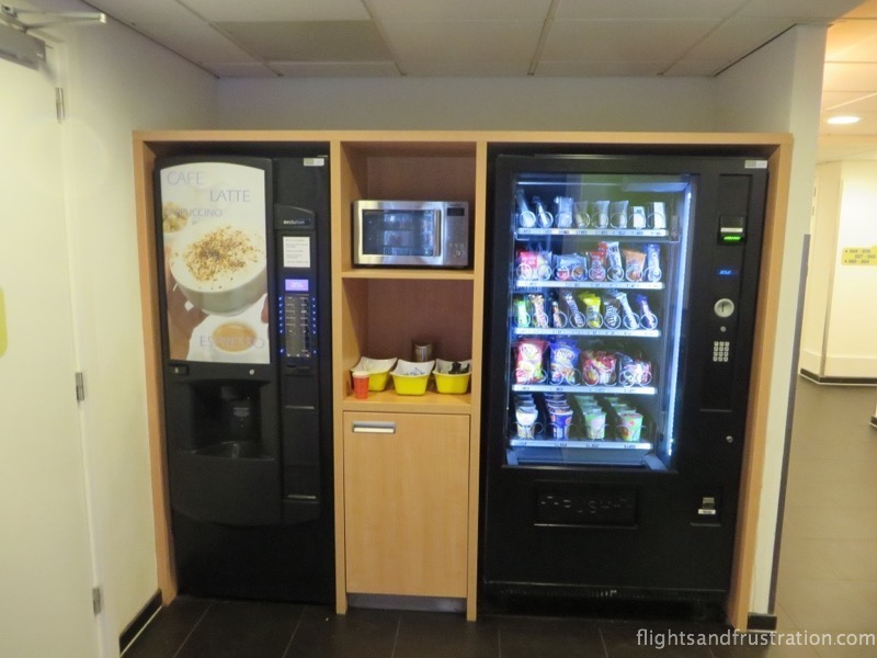 Vending machines instead of room service at Ibis Budget hotel Amsterdam Airport