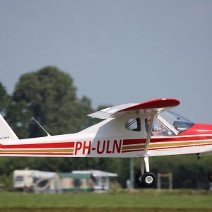 PH-ULN Leskist van Flightschool Teuge
