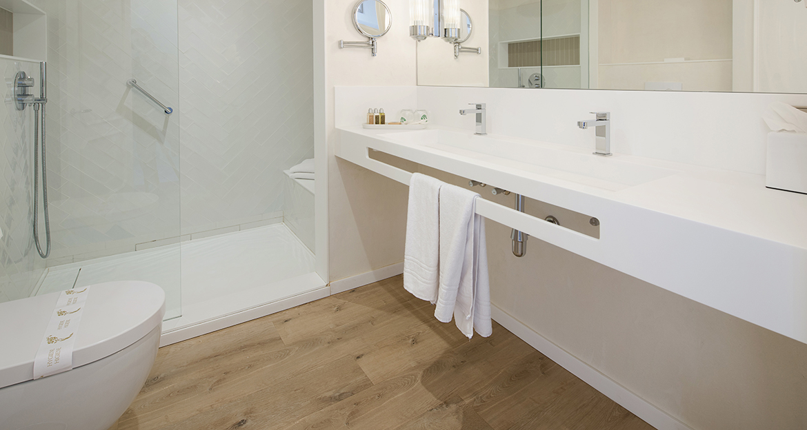 flint_bathroom_hotel-aiguablava_natural-oak