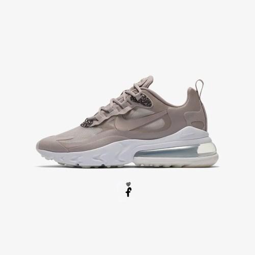Nike Air Max 270 React --