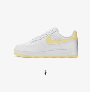 Nike air force blancas y amarillas
