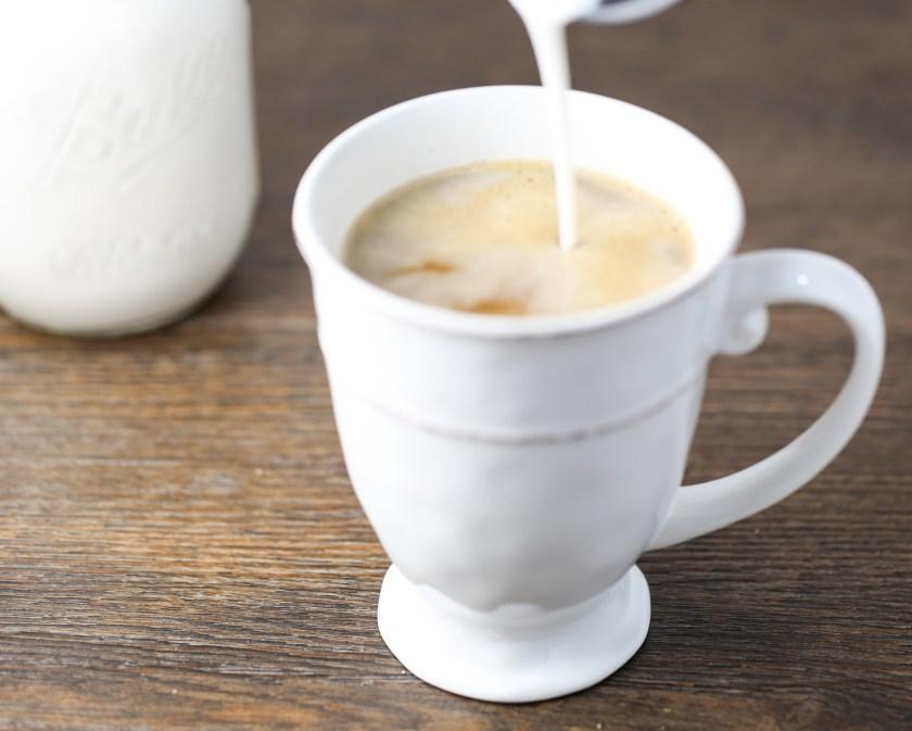 breastmilk-coffee-creamer