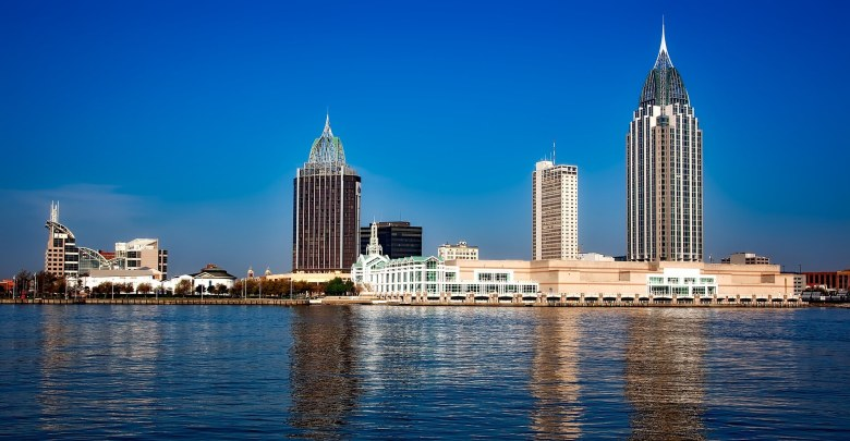 A panoramic view of the Mobile, Alabama skyline - moving to Alabama