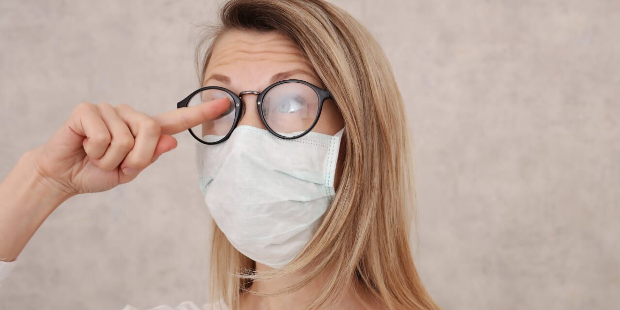 How to Prevent Foggy Glasses From Your Mask