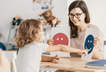 Ways Applied Behavior Analysis Therapy Helps Children With ASD