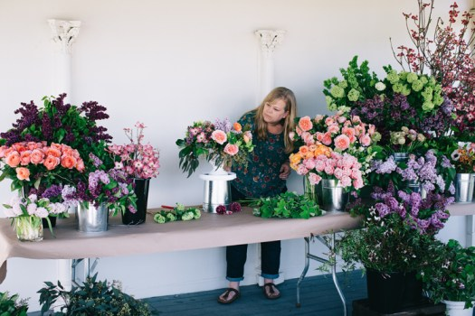 alicia schwede floral design instructor - seattle flower school - flirty fleurs